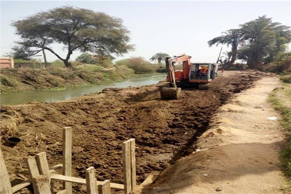 توصيل مياه الشرب للمناطق المحرومة بسوهاج