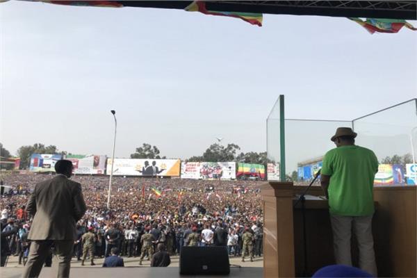 رئيس الوزراء الإثيوبي قبيل إلقاء القنبلة