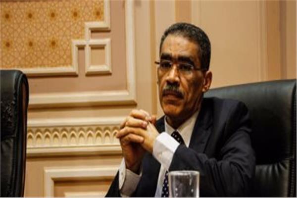 «رشوان»: لا يوجد تنسيق بين مسئولي السياحة لاستغلال مصر في روسيا