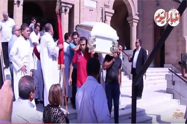 فيديو| مشاهد مؤثرة من جنازة اللواء «باقي زكي»