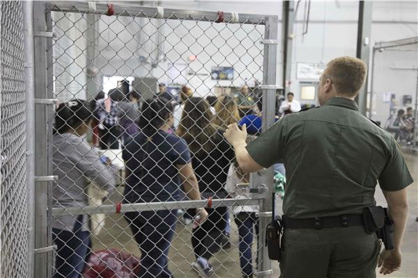 المشاهير في مواجهة ترامب..«نرفض توقيف أبناء اللاجئين»