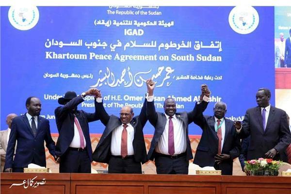«كير ومشار» ينهيان الحرب الأهلية في جنوب السودان باتفاق سلام