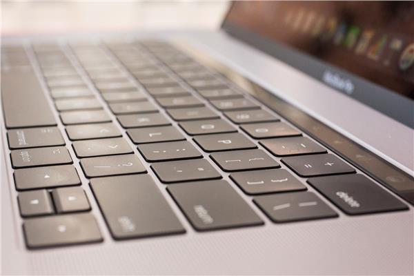 لوحة مفاتيح جهاز ماك