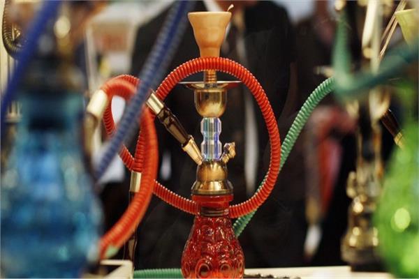 وسائل التواصل الاجتماعي تزيد من انتشار تدخين الشيشة