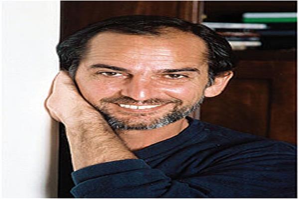 الفنان هشام سليم
