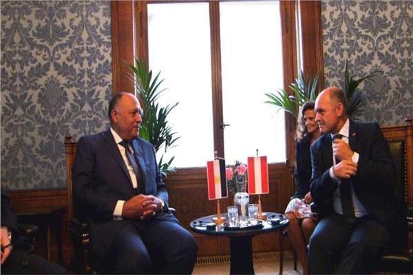 وزير الخارجية يلتقي رئيس البرلمان النمساوي والمجلس الوطني