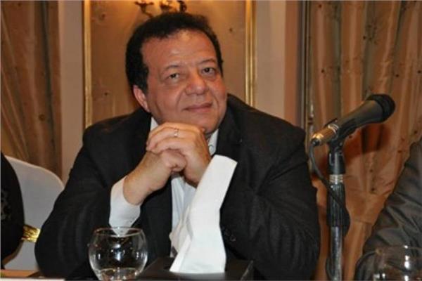 عاطف عبد اللطيف رئيس جمعية مسافرون