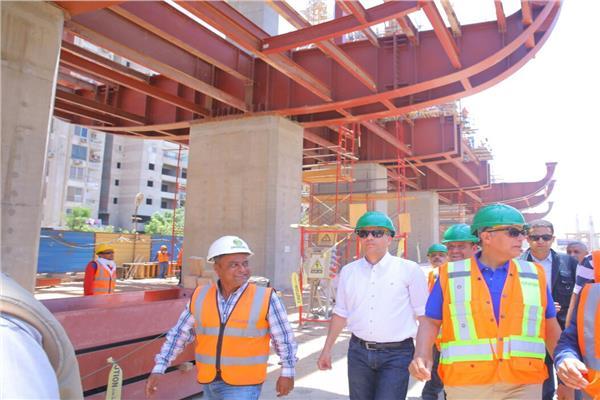 وزير النقل يتفقد محطات المرحلة الرابعة لخط المترو الثالث