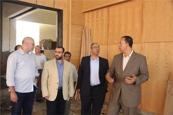 رئيس جامعة المنوفيه يتفقد المنشات الجديده