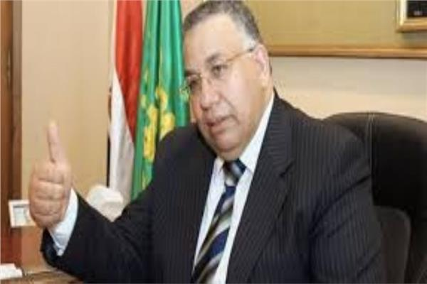 السيد محمود الشريف