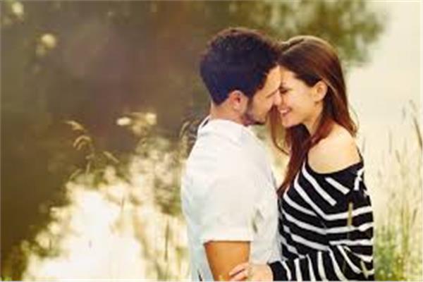 4 أسباب تجعل زوجك يشتاق إليك