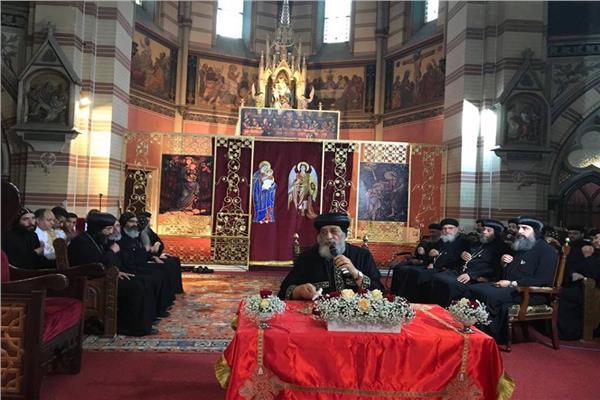 البابا تواضروس الثاني يقدم التعازي في اللواء فتحي قزمان