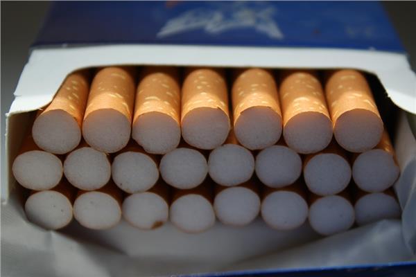 بعد الزيادة.. تعرف على الأسعار الجديدة للسجائر والمعسل