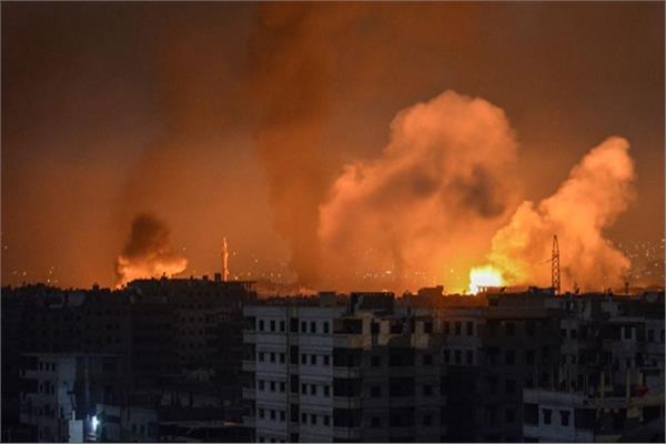 استهداف ثلاثة مواقع عسكرية في سوريا