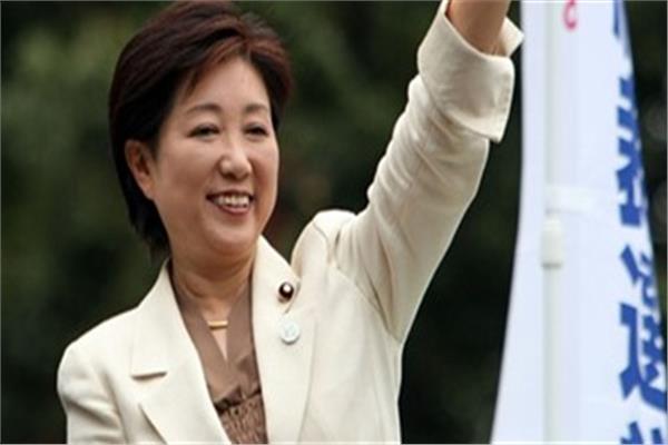 أصغر عمدة في اليابان تتسلم مهام منصبها