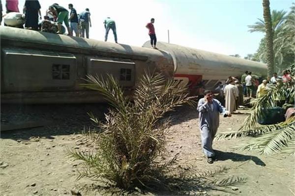 إنقلاب عربات قطار بمحطة المرازيق بالجيزة