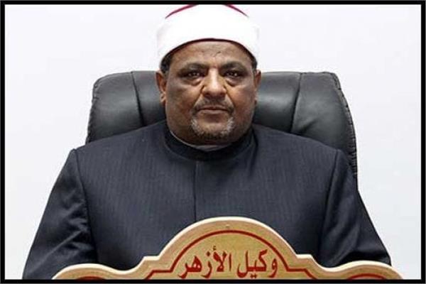 الدكتور عباس شومان،