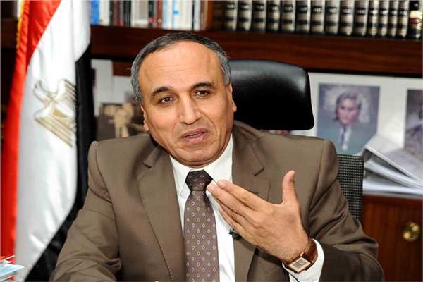 نقيب الصحفيين عبد المحسن سلامة