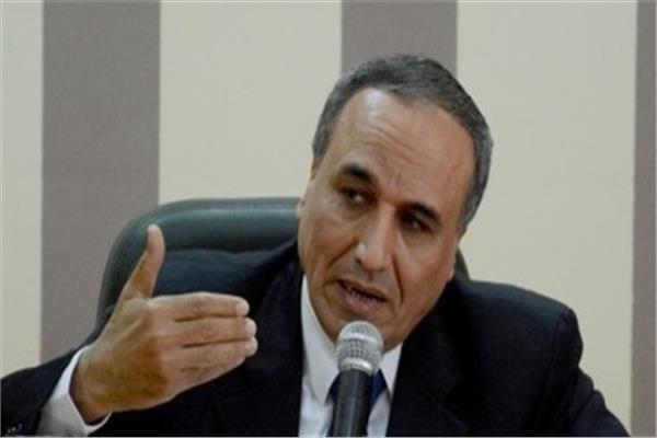 نقيب الصحفيين عبد محسن سلامة