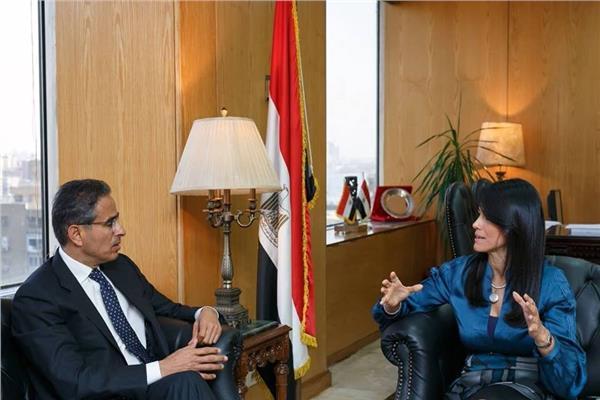 وزيرة السايحو ومؤسس إعمار الإماراتية