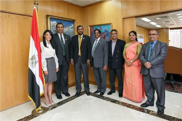 وزيرة السياحة تستقبل رئيس البرلمان السريلانكى