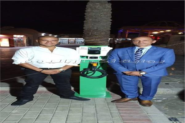 تدشين أول محطة لشحن السيارات الكهربائية في مصر