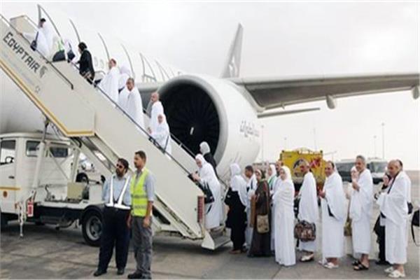 مصر للطيران تنقل 3992حاجا على مدار  اليوم