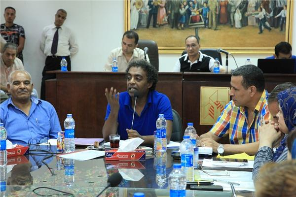 عواض يجتمع بقيادات الهيئة العامة لقصور الثقافة