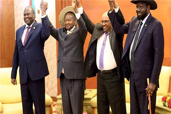 جنوب السودان والمتمردين يوقعون اتفاق سلام وتقاسم للسلطة