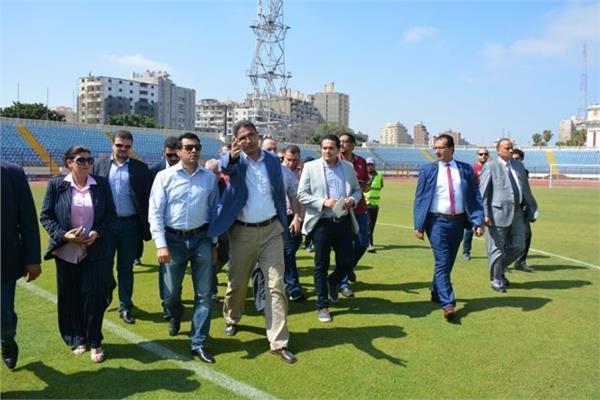 أشرف صبحي يوجه بتطوير أرضية ملعب استادالإسكندرية