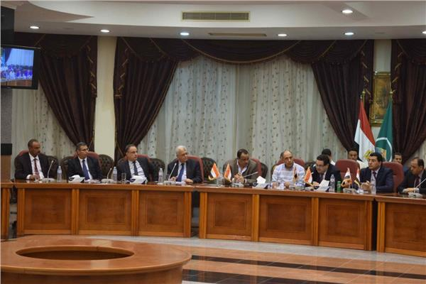 الهيئة العامة للاستثمار والمناطق الحرة تلتقي مستثمري المنيا لحل مشاكلهم