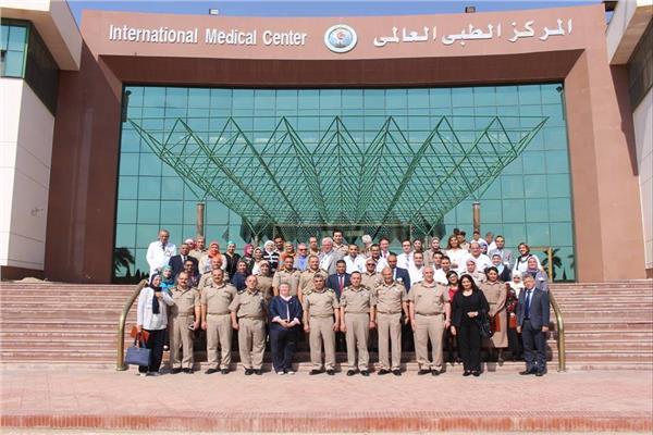القوات المسلحة تحتفل بتخرج دورات تأهيل العاملين بالمجال الطبي