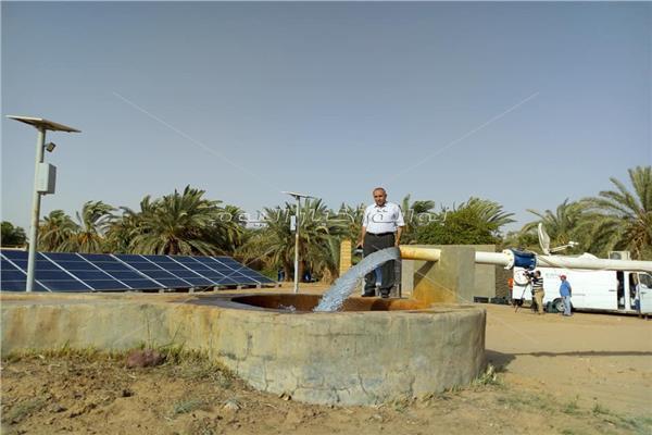 شغيل 25 بئر بالطاقة الشمسية