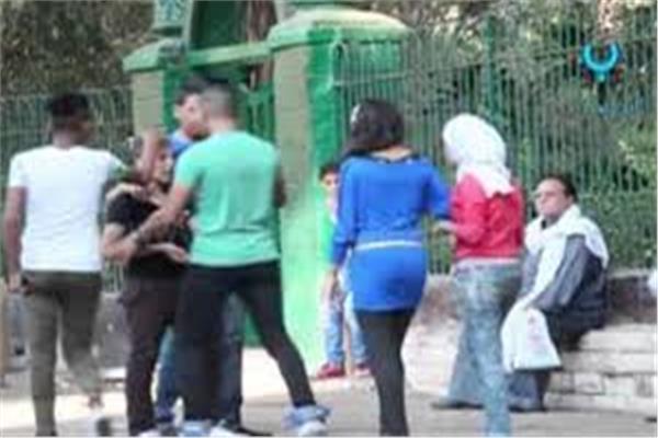 الشرطة النسائية تتمكن من القبض على 15حالة تحرش بحديقة الحيوان
