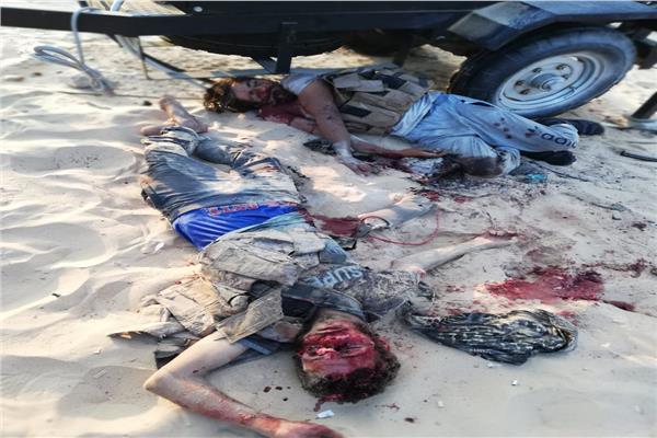 جانب من أسلحة العناصر الإرهابية بعد نجاح الشرطة في إحباط الهجوم