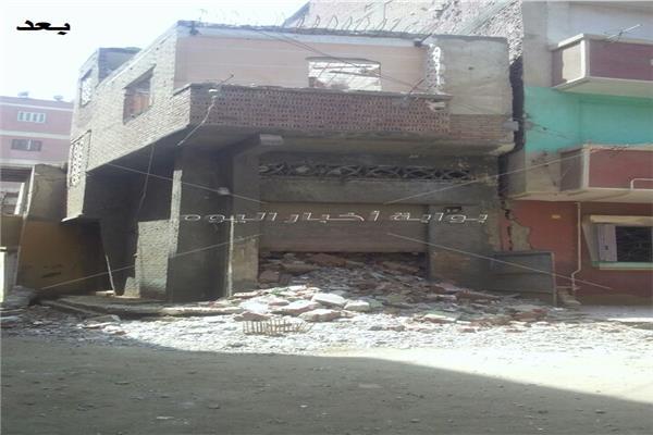 سكرتير عام المنوفية :إزالة منزل آيل للسقوط بحى غرب شبين الكوم
