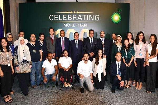 وزير البترول يشهد احتفالية استكمال ١٠٠ باحث دراستهم فى بريطانيا