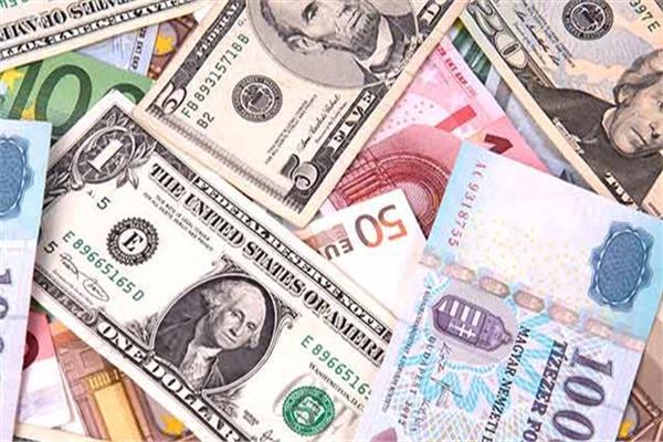 ارتفاع أسعار العملات الأجنبية أمام الجنيه المصري-أرشيفية