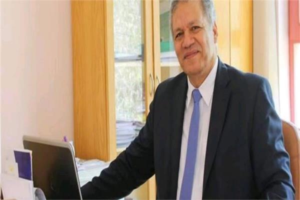 الدكتور يسرى هاشم، رئيس جامعة هليوبوليس