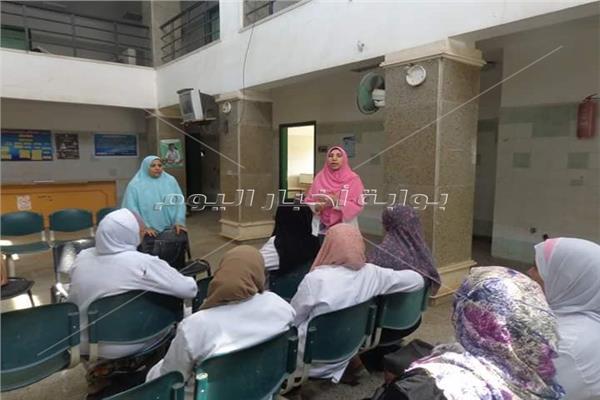 أضرار التدخين علي الأمهات وأفراد الأسرة في قافلة لجامعة المنوفية بكمشيشخخ
