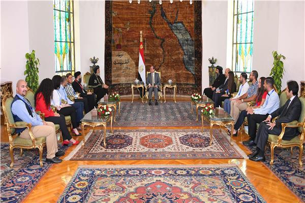 خلال لقاء الرئيس بالبابا تواضروس ووفد الشباب العالمي للكنيسة الارثوذكسية