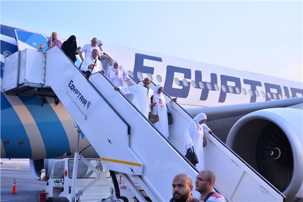 مصر للطيران تسير ٢٢ رحلة لنقل ٥٠٠٠ حاجا من الأراضي المقدسة.. غدا