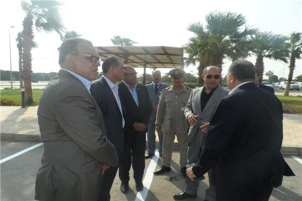 وزير الطيران المدنى يتفقد مطار أسيوطلمتابعة أعمال التطوير