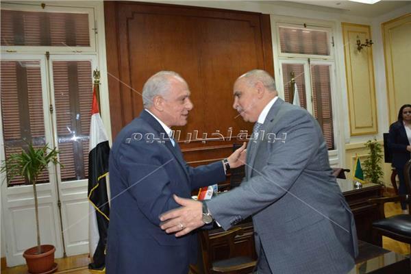 محافظ الجيزة يستقبل مدير الأمن للتهنئة بمنصبه