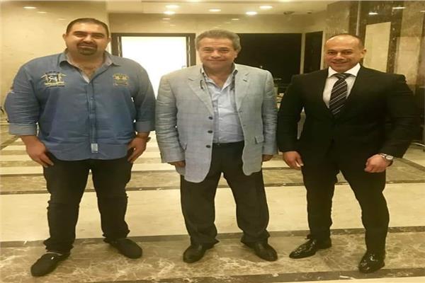 توفيق عكاشه والمنتج تامر مرسي وياسر سليم