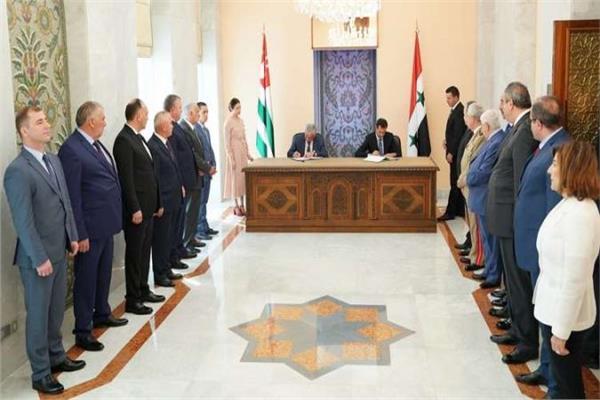 بشار الأسد وراؤول خادجيمبا