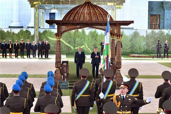 مراسم استقبال الرئيس السيسي في أوزبكستان