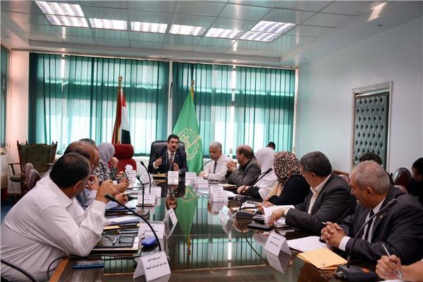 محافظ القليوبية لرؤساء المدن والأحياء..