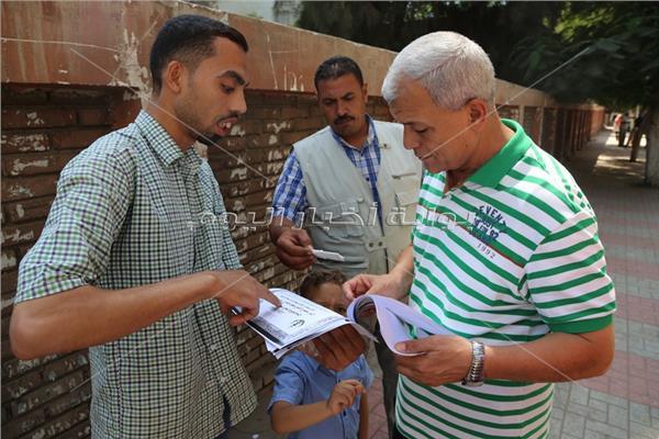 محافظ المنوفية يستمع لمطالب المواطنين  بشبين الكوم