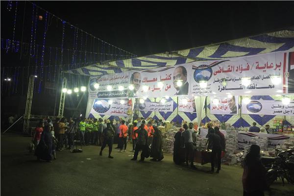 اقبال جماهيري على معرض مستقبل وطن لمستلزمات المدارس بالظاهر